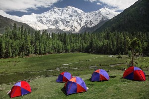 camping-at-fairy-meadows